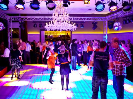 Koetshuis dansvloer-disco