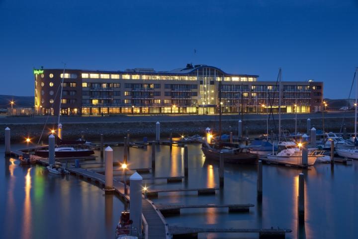 Seaport-Beach hotel Ijmuiden